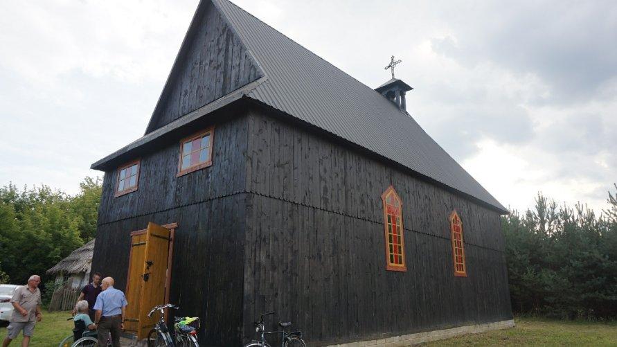 Kościół na terenie skansenu w Maruszowie