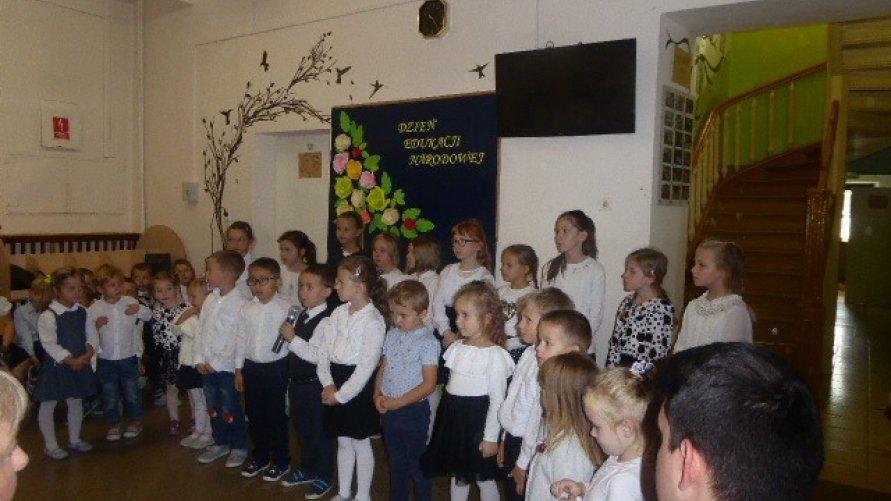 Święto edukacji narodowej w PSP w Pisarach Kliknięcie w obrazek spowoduje wyświetlenie jego powiększenia