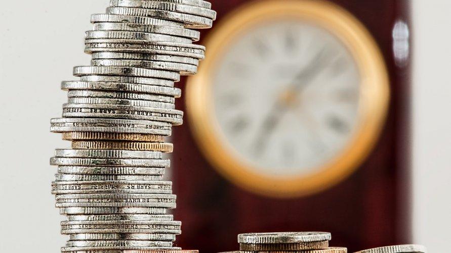 Budżet na inwestycje, wydatki z ostrożnością