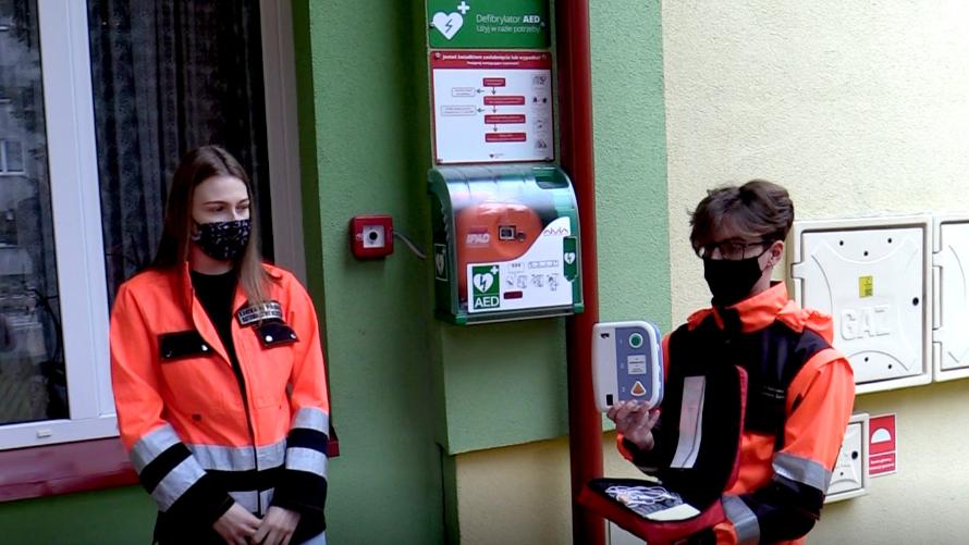 Automatyczne defibrylatory zewnętrzne AED w Ożarowie