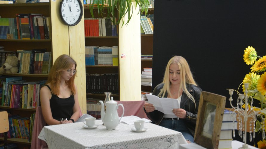 """Narodowe Czytanie """"Moralności pani Dulskiej"""" G. Zapolskiej  u """"Skłodowskiej."""""""