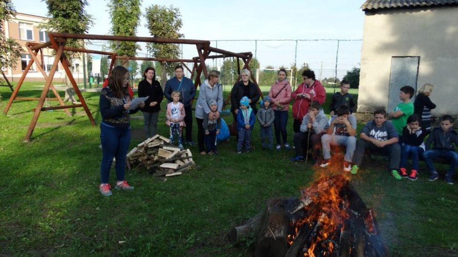 Święto Pieczonego Ziemniaka w Szkole Podstawowej w Janowicach