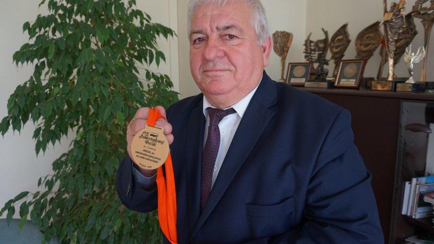 Złoty Medal Samorządowy dla burmistrza