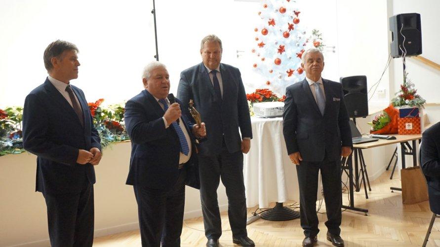 Prezes Andrzej Ptak przechodzi na emeryturę Kliknięcie w obrazek spowoduje wyświetlenie jego powiększenia